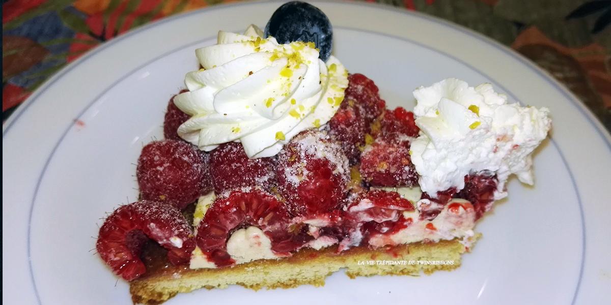 part de tarte sablée aux framboises - Boulangerie Les Délices de la gare