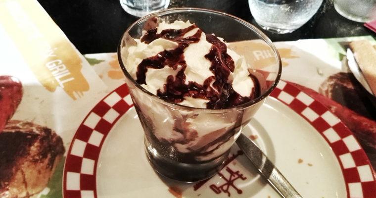 J'ai testé pour vous : la coupe de glace chocolat liégeois – courtepaille